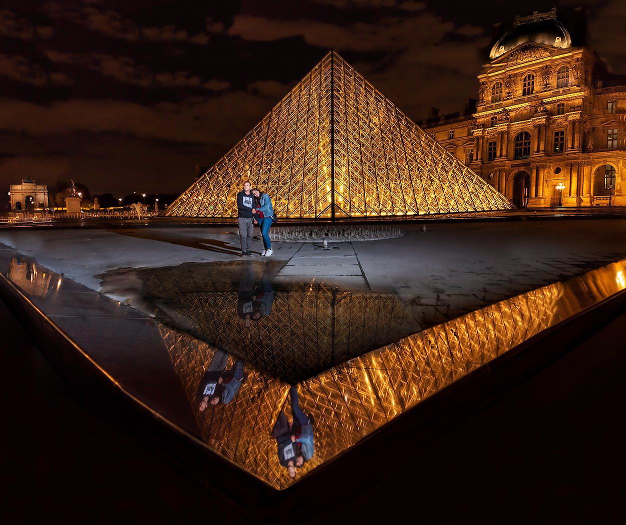 paris-louvre-reflejos